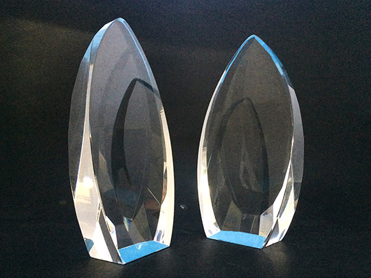 crystal-material-award-gift-trophy-example-2