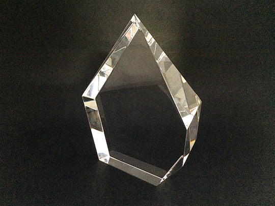 crystal-material-award-gift-trophy-example-3