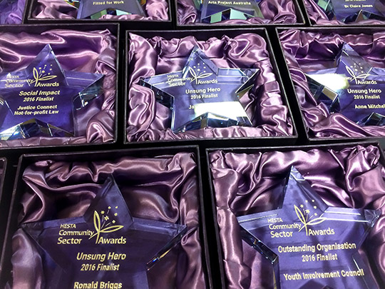 presentation-box-colour-lid-award-gift-trophy-example-6