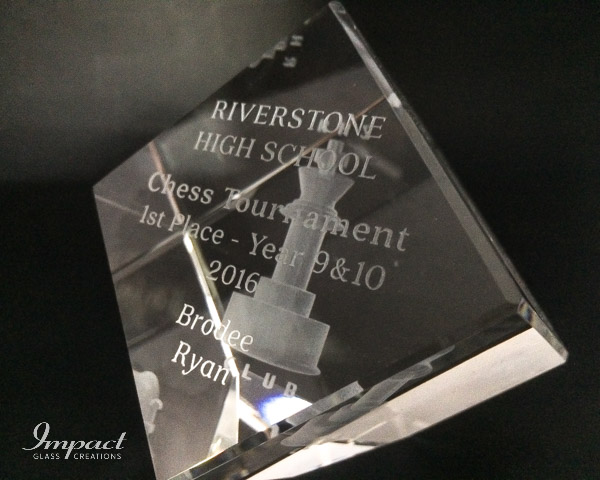 riverstone-chess competition-crystal-glass-engraved-award-trophy-3