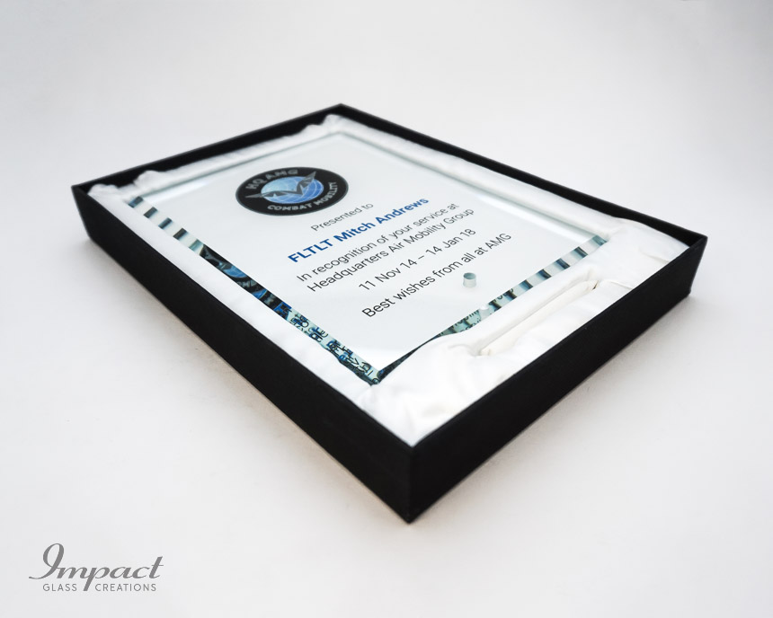air-mobility-defence-presento-glass-plaque-presentation-printed-logo-crest-4