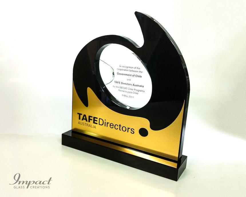 crystal-black-award-trophy-metal-australia-tafe-directors-3