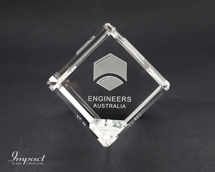 engineers-australia-crystal-glass-cut-cube-paperweight-engraved-etched-logo-1