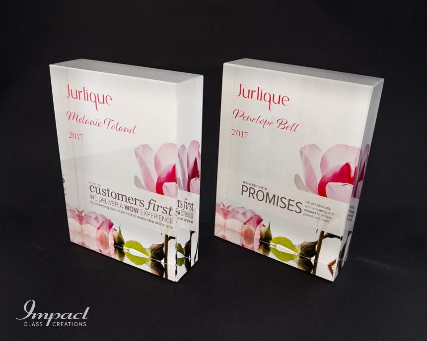 jurlique-values-award-gift-flower-print-pink-engraving-crystal-glass-2