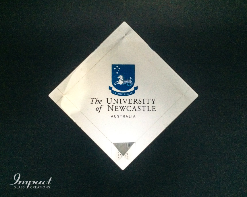 newcastle-university-printed-glass-crystal-paperweight-corner-cut-cube