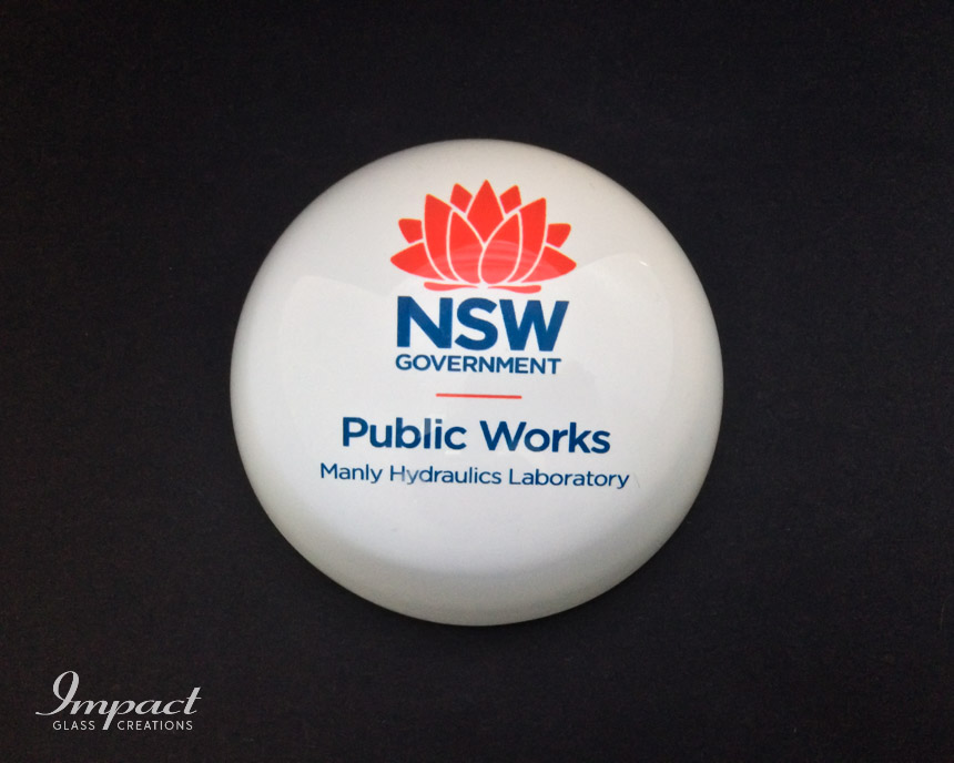 nsw-gov-printed-glass-crystal-dome-magnified-paperweight-gift-3