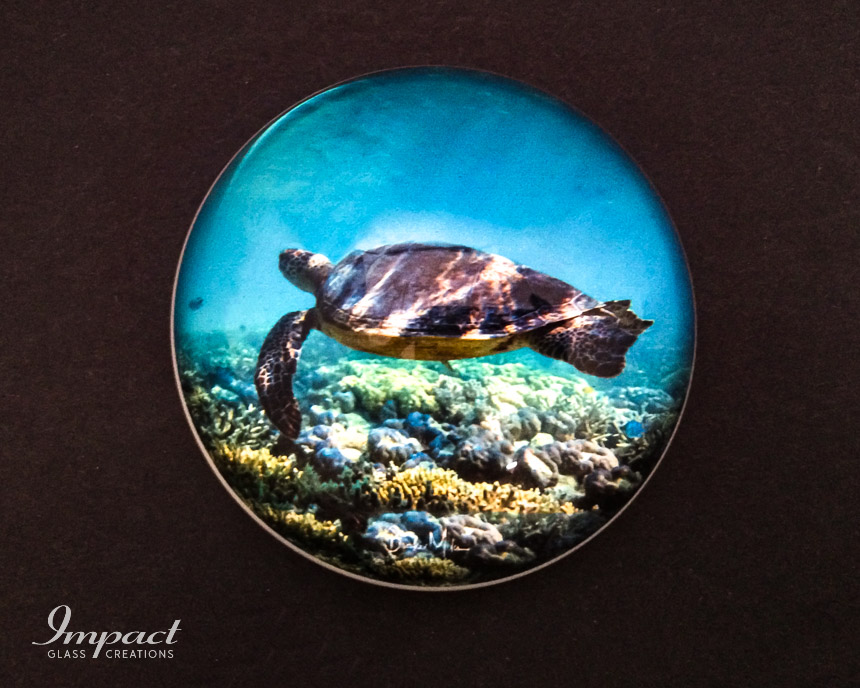 ocean-photography-printed-dome-paperweight-glass-crystal-magnified-1