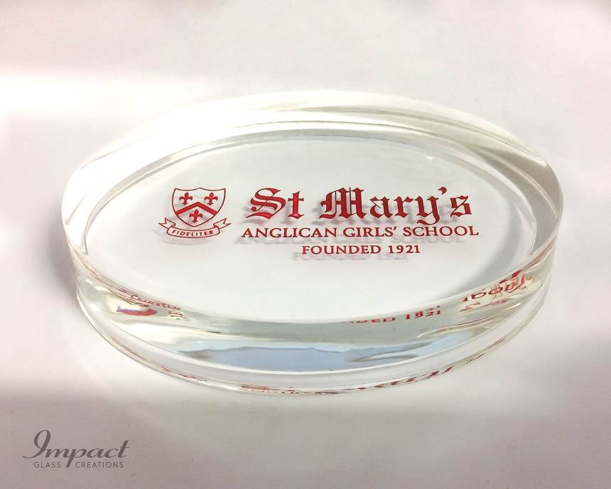 st-mary's-oval-glass-crystal-paperweight-paper-weight-engraved-colour-red-gift