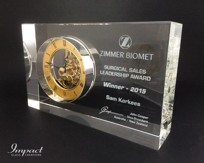 zimmer-biomet-crystal-block-antique-clock-2d-laser-awardJPG-2