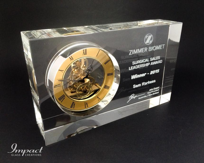zimmer-biomet-crystal-block-antique-clock-2d-laser-awardJPG