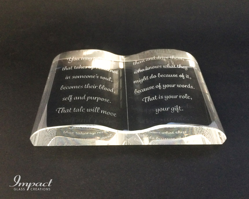 crystal-book-gift-engraved-etched