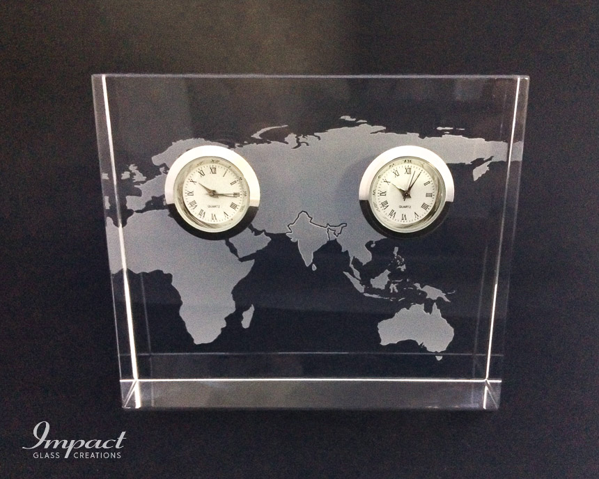double-silver-clock-world-map-engraved-etched-crystal-glass-wedge-gift-paperweight-1