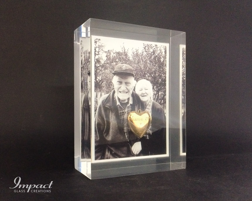 Embedded Photo & Locket
