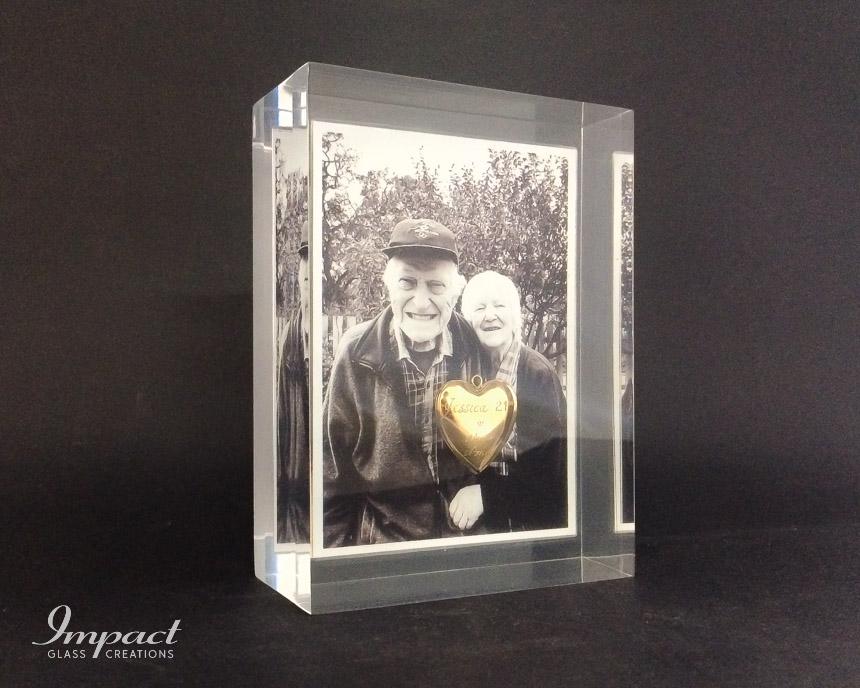 Embedded Photo & Locket