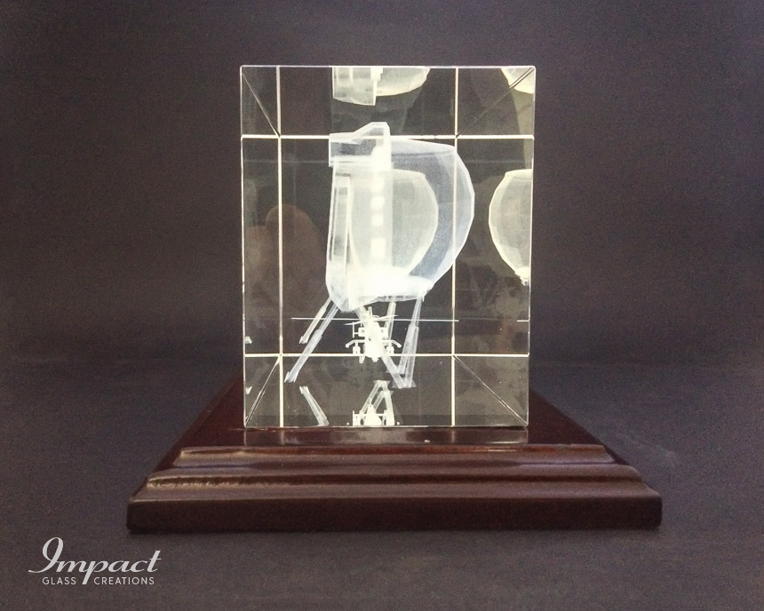 thales-appreciation-gift-glass-crystal-wooden-base-laser-engraved-4