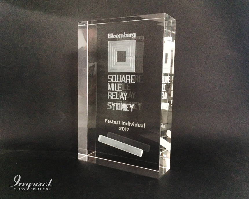 bloomberg-relay-award-trophy-crystal-glass-laser-engraved-competition
