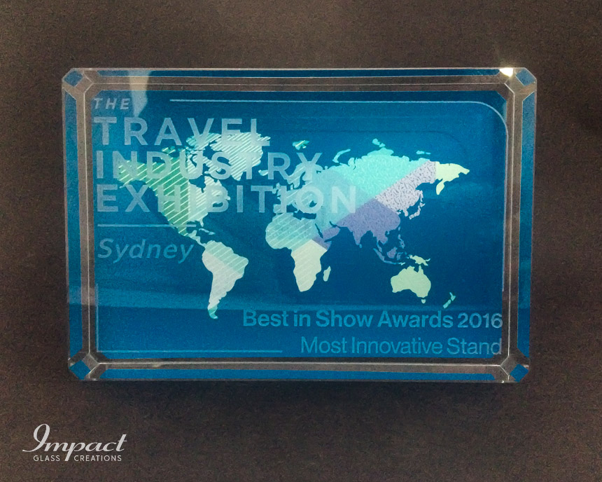 travel-exhibition-award-trophy-glass-crystal-colour-print-engraved-2