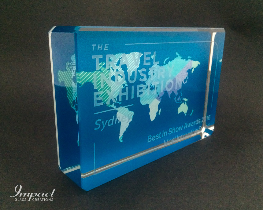 travel-exhibition-award-trophy-glass-crystal-colour-print-engraved-3