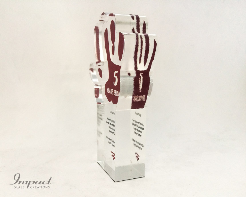 early-learning-center-crystal-glass-hand-service-award-trophy-colour-print-5