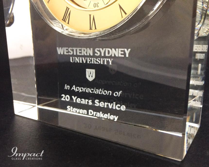 western-sydney-university-crystal-glass-clock-20-year-service-award-gift-3