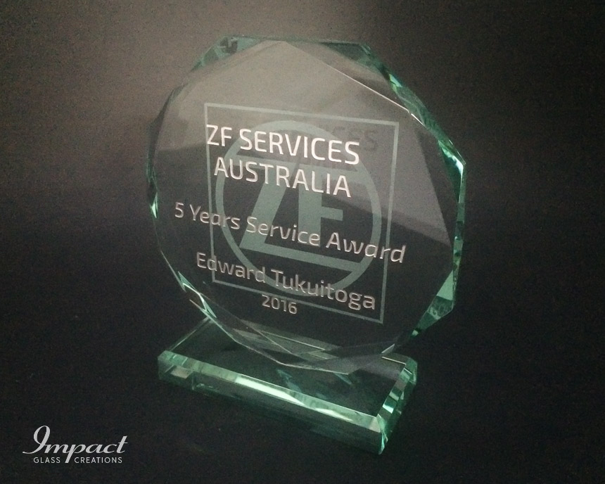 zf-services-au-service-award-crystal-glass-gift-engraved-octagonal-2