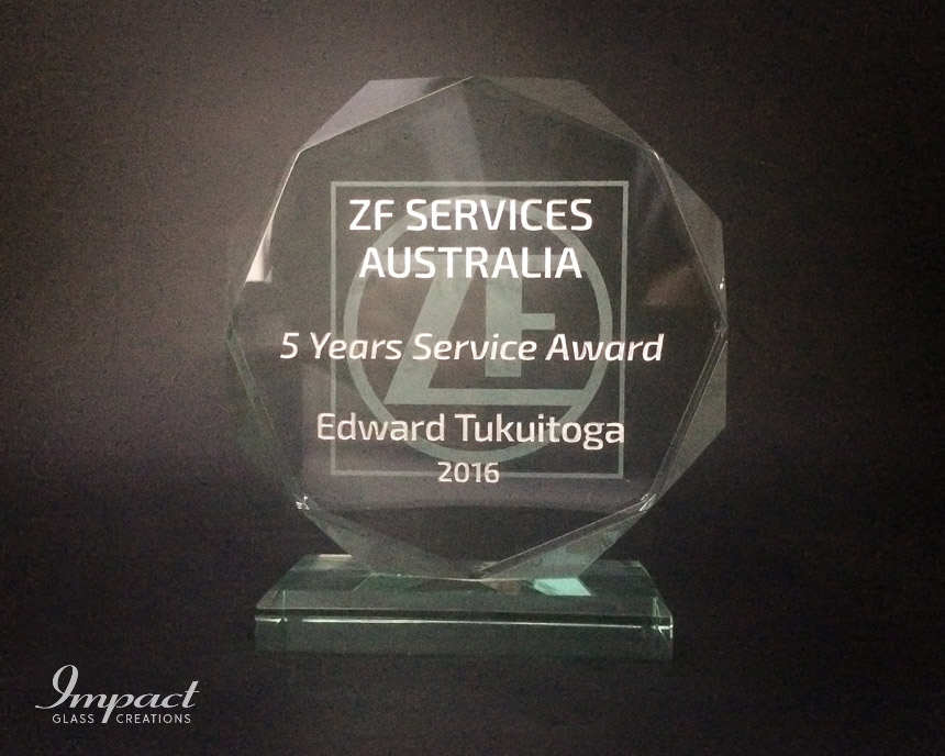 zf-services-au-service-award-crystal-glass-gift-engraved-octagonal-3