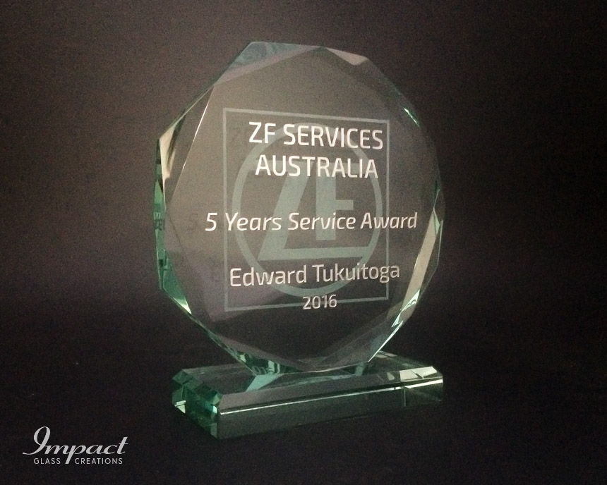 zf-services-au-service-award-crystal-glass-gift-engraved-octagonal