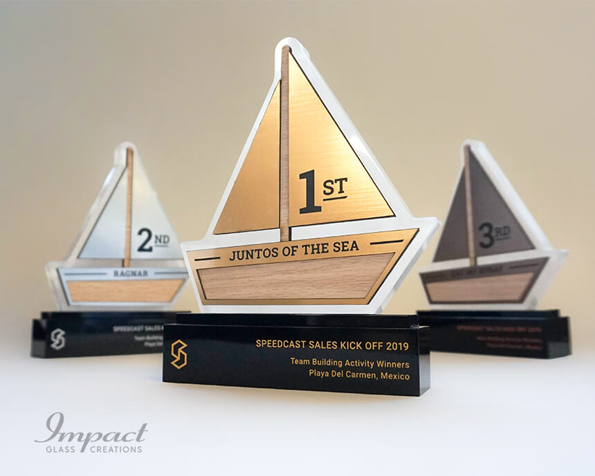 speedcast-team-building-boat-shaped-trophies-1