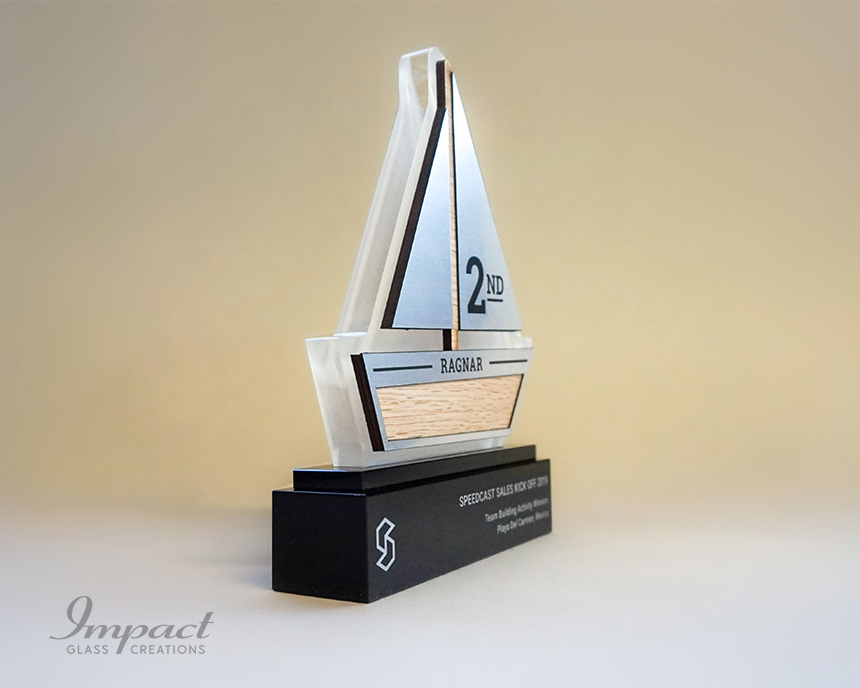 speedcast-team-building-boat-shaped-trophies-5