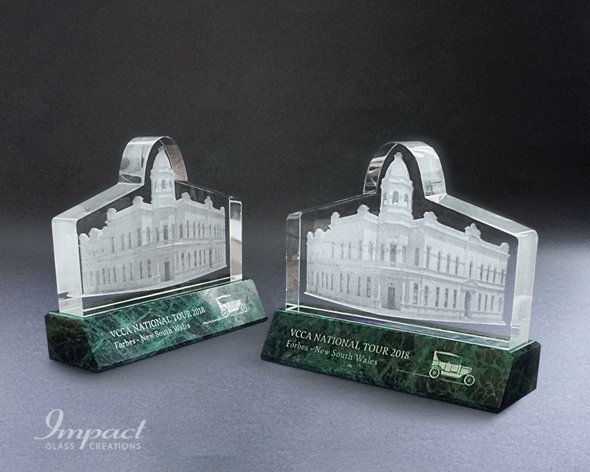 vcca-town-hall-building-shaped-crystal-award-gift-1-min