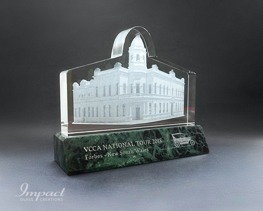 vcca-town-hall-building-shaped-crystal-award-gift-2-min