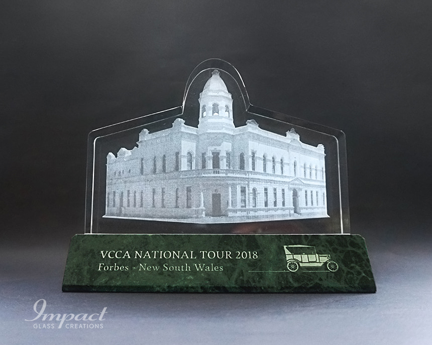 vcca-town-hall-building-shaped-crystal-award-gift-3-min